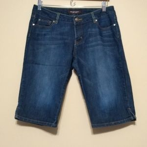 The Limited bermuda jean shorts size 8